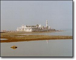 Haji Ali — burial site of a Muslim saint.
